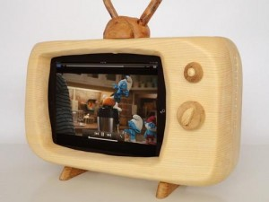 iPad-dock-TV-set1-01