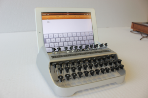 one-off-keyboard-iPad-gadget
