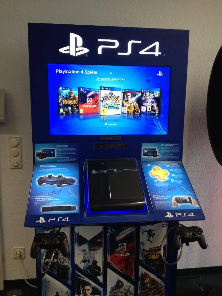 PS4-Germany-FB-Demo-Kiosk