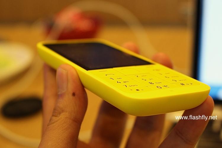 Nokia-220-Flashfly-03