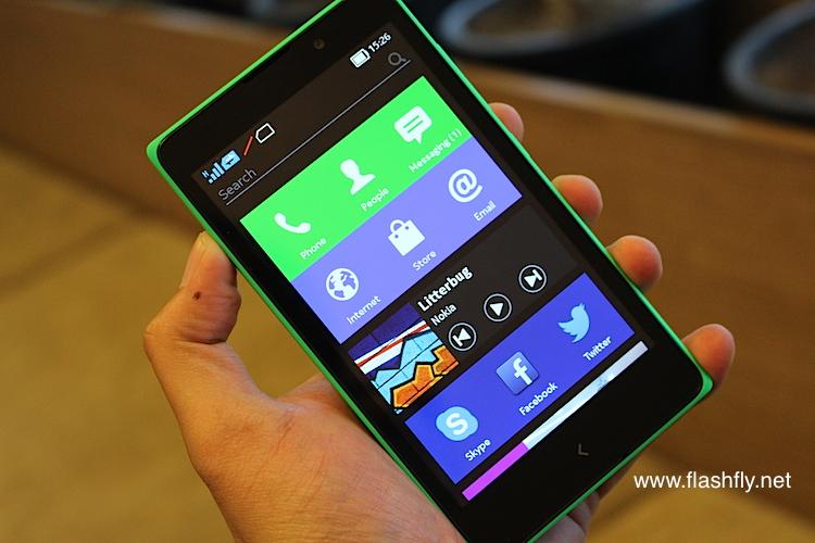 Nokia-XL-Flashfly-01