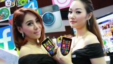 Nokia-Lumia-630-press-th-02