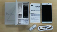 140926-samsung-galaxy-note-4-unboxed-01