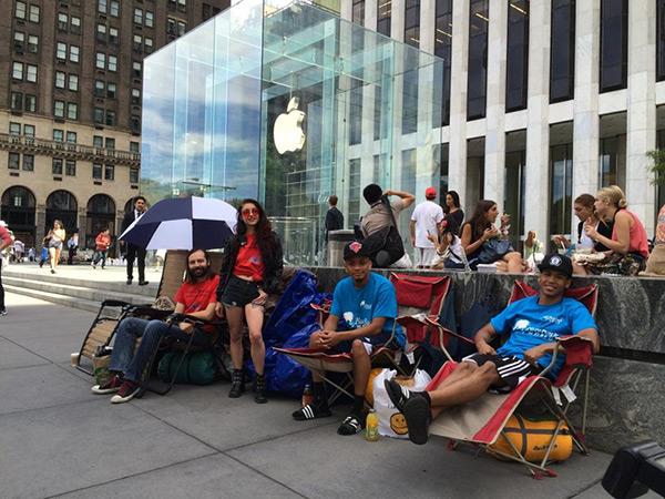 waiting-line-iphone-6-apple-store-new-york_01