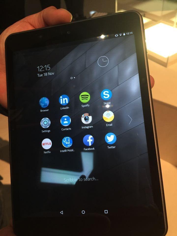 Nokia-N1-in-lava-gray