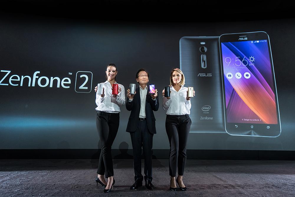 ASUS Chairman Jonney Shih introduces ZenFone 2 at CES 2015 copy