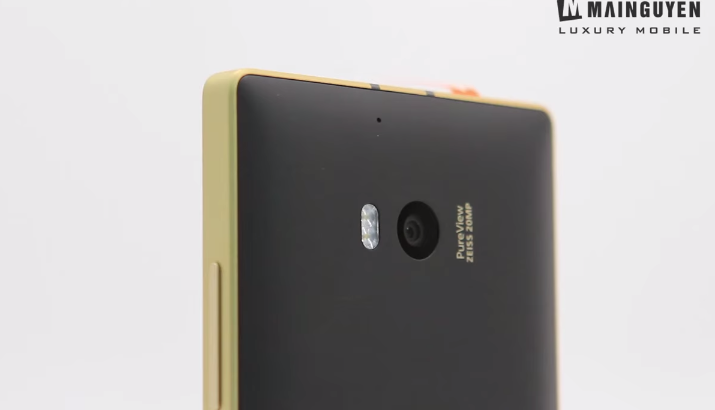 Nokia-Lumia-930 GOLD-EDITION-000003