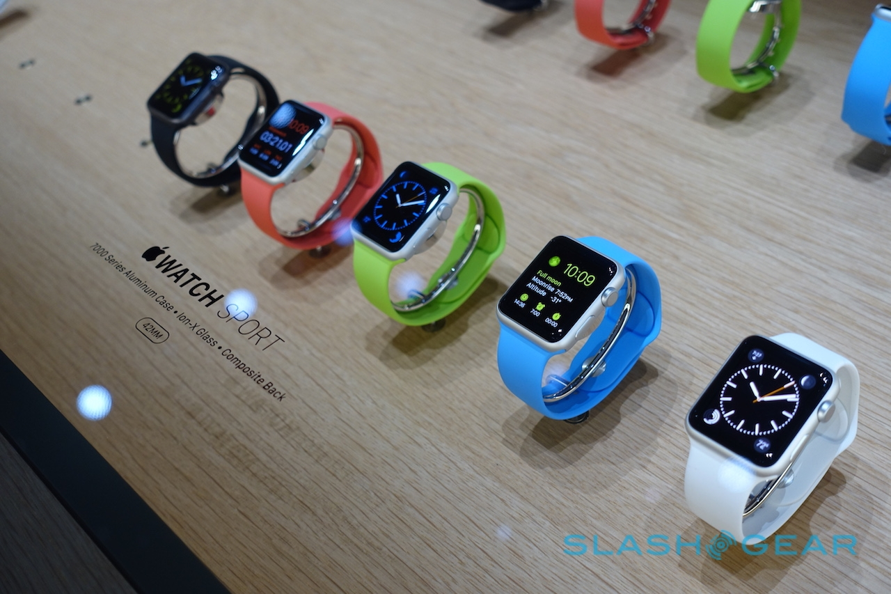 apple-watch-hands-on-sg12