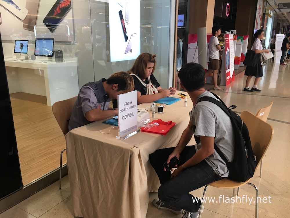 Apple-iPhone6s-iPhone6sTH-launch-day-Thailand-iStudio-flashfly-14