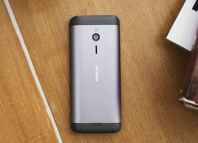Nokia-230-life-style