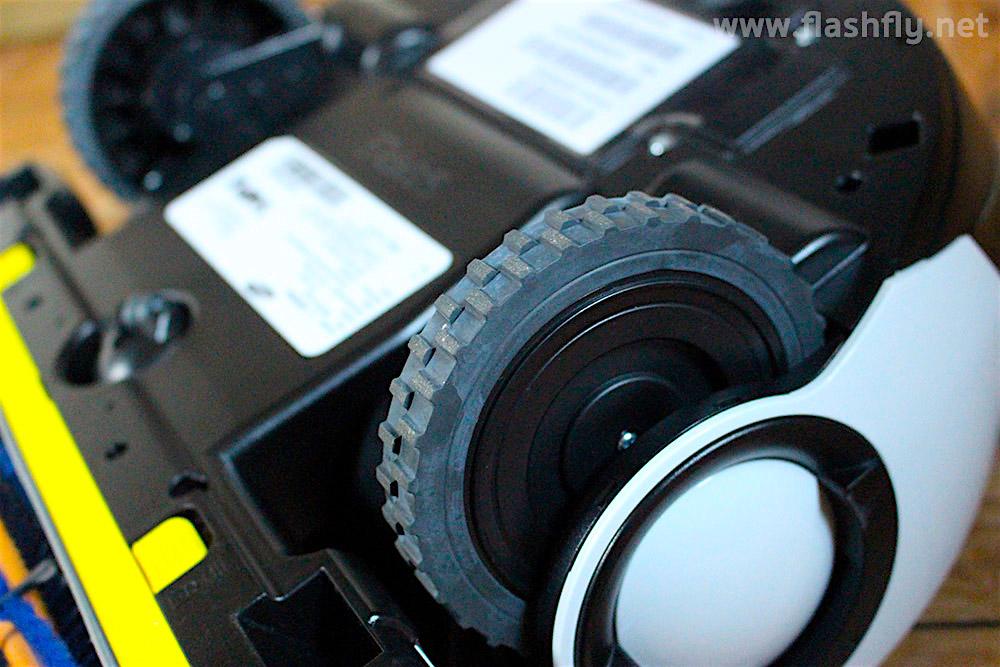 Review-Samsung-POWERbot-VR9000H-vacuum-cleaner-flashfly-11
