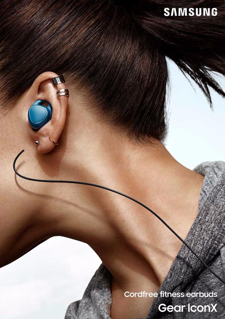 Samsung-Gear-IconX-3