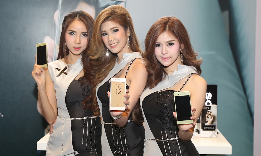 Sony-Xperia-X-and-Xperia-XA-02