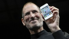 iphone4-steve-jobs