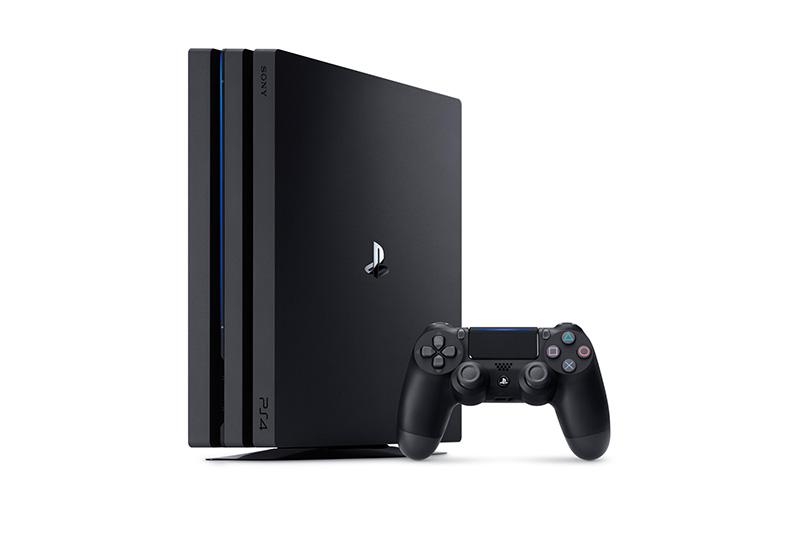 PS4_CUH-7006BB01_1
