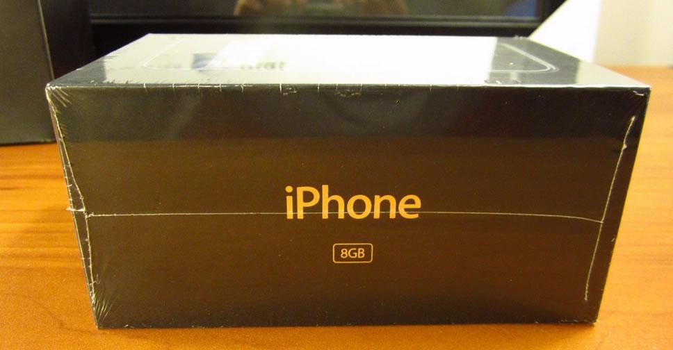 iPhone รุ่นแรก ยังไม่ได้แกะกล่อง วางขายใน eBay ราคาราว 802,655 บาท