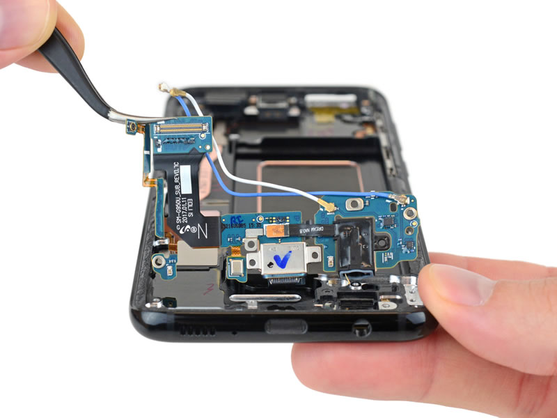 samsung-galaxy-s8-teardown-6