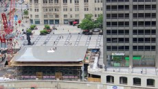 Apple-Store-Chicago-MacBook-Roof-Design
