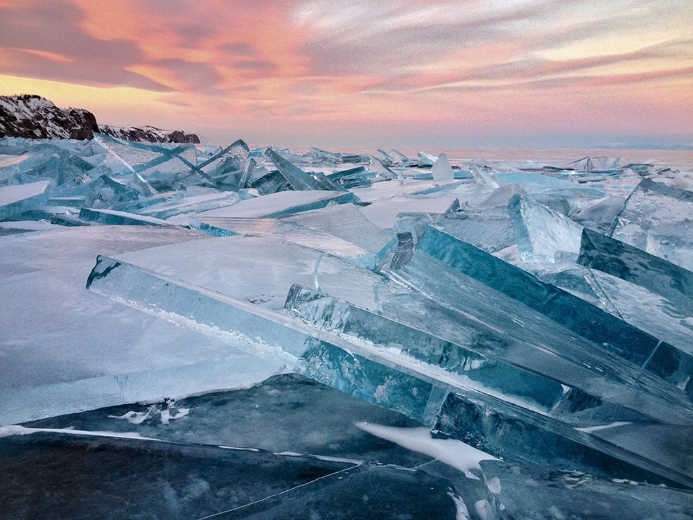 baikal-ice-on-sunset--2nd-place-landscape