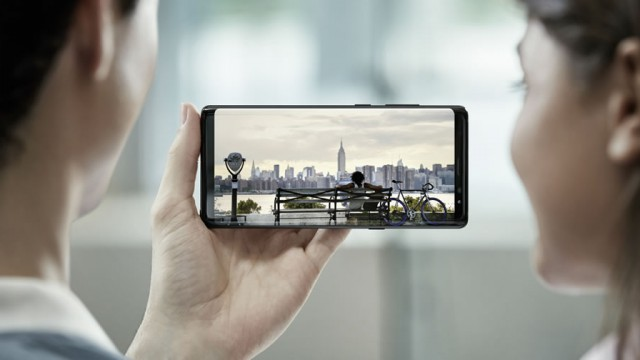 Galaxy_Note8_Infinity_Display