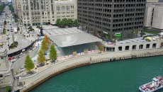 Apple-Store-Chicago-River