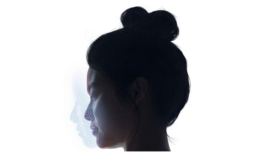 iPhoneX-faceID-flashfly-03