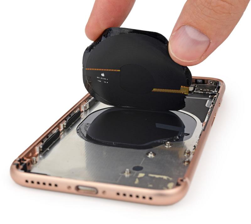 iphone-8-Teardown-07